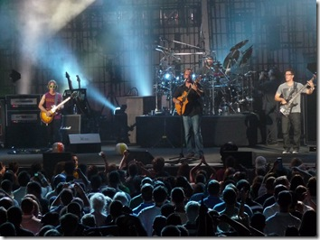Dave Matthews Band in action Friday at the Cruzan. (Photo by Thom Smith)