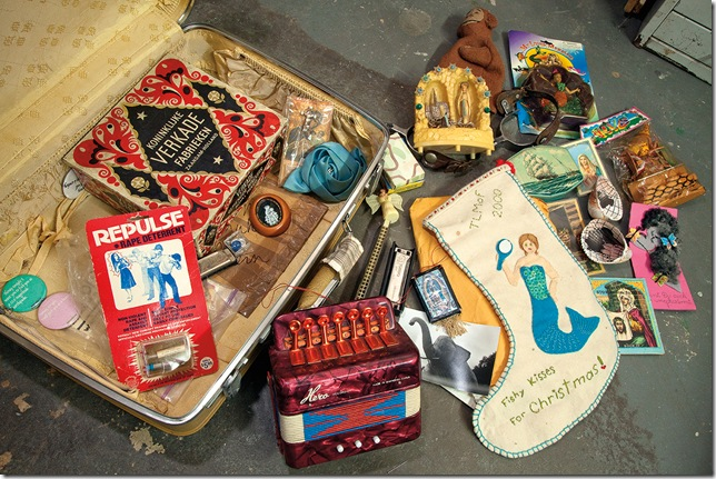 A suitcase of objects that Christy Gast has taken from one studio to another. (Photo © Sarah Trigg)