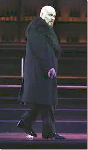Mark Delavan as Lindorf.