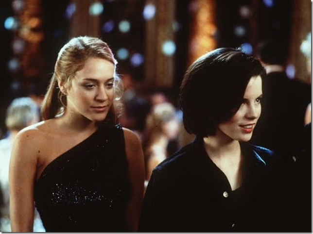 Chloe Sevigny and Kate Beckinsale in The Last Days of Disco (1998).