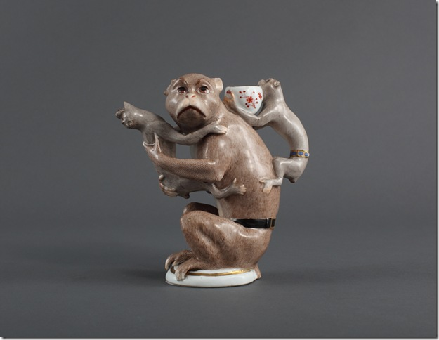 Monkey Teapot (1735), by Joachim Kändler.