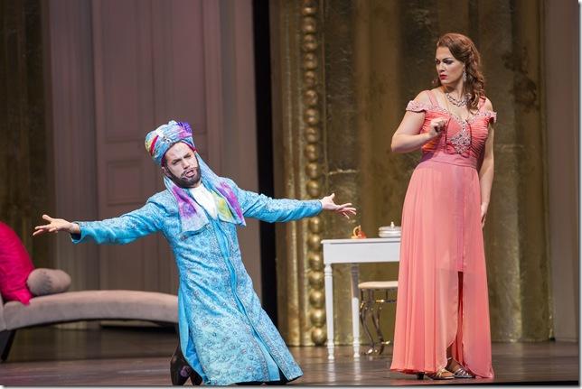 """Jonathan Beyer and Brenda Patterson in """"Così fan Tutte."""" (Photo by Rod Millington)"""