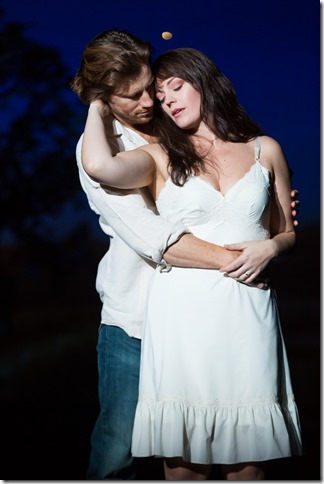 Andrew Samonsky and Elizabeth Stanley in the national tour of The Bridges of Madison County. (Photo by Matthew Murphy)