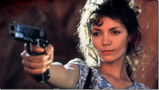 Joanne Whalley-Kilmer in Kill Me Again (1989).