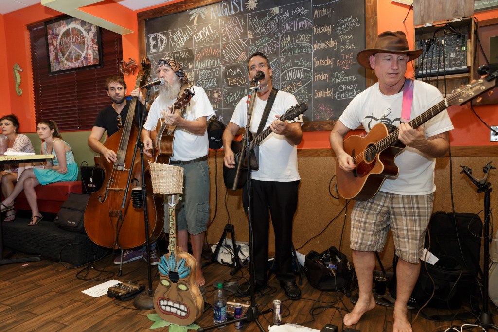The String Assassins at Little Moir's Leftovers Café. (Photo by Tom Tracy)