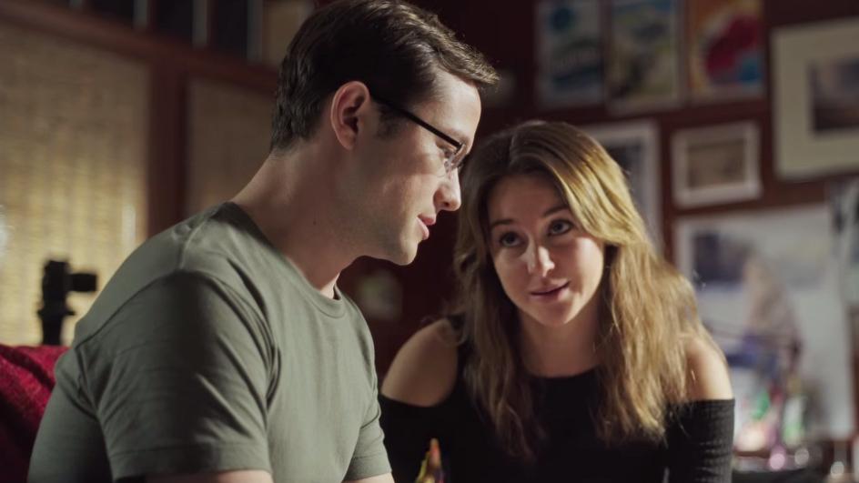 Joseph Gordon-Levitt and Shailene Woodley in Snowden.