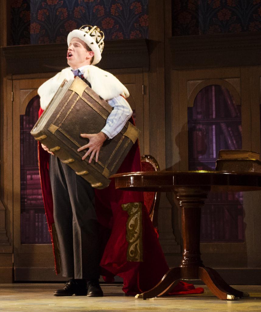 Matt Loehr in Me and My Girl, at the Maltz Jupiter Theatre. (Photo by Jen Vasbinder)