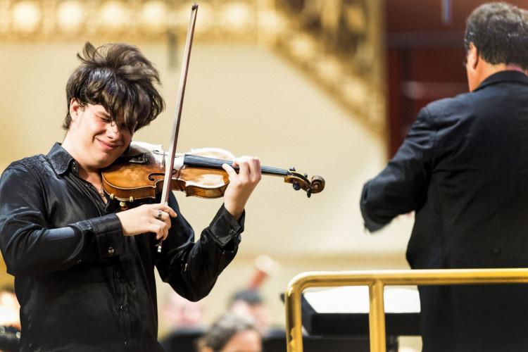 Violinist Mracek shows star potential at Boca Symphonia