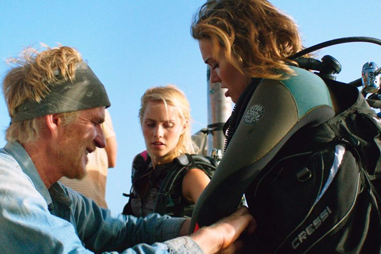 In '47 Meters Down,' an overzealous cage match with terror