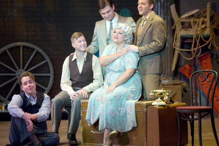 Stage Door's 'Minnie's Boys' supplies plenty of love and laughter